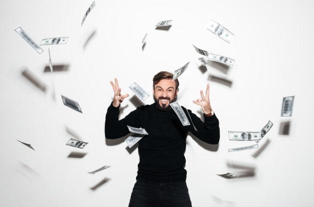 extraordinary-spending-by-lucky-winners